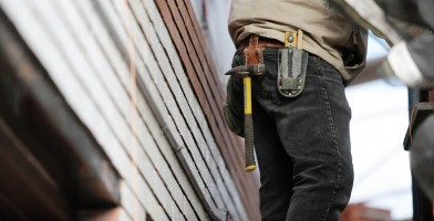 An in depth guide to the best tool belts available in 2018.