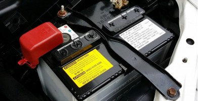An in depth guide to the best truck batteries available in 2018.