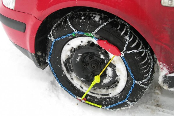 An in-depth review of the best snow chains available in 2018.