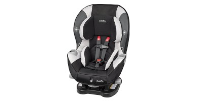 An in-depth review of the EvenFlo Triumph LX car seat.