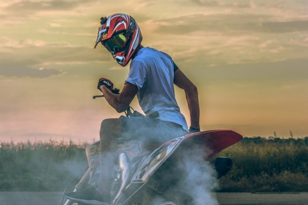 An in-depth review of the best Shoei helmets available in 2019.
