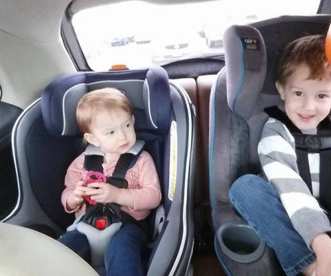 how to fit 2 car seats in a car