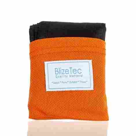 3. BlizeTec Pocket Blanket