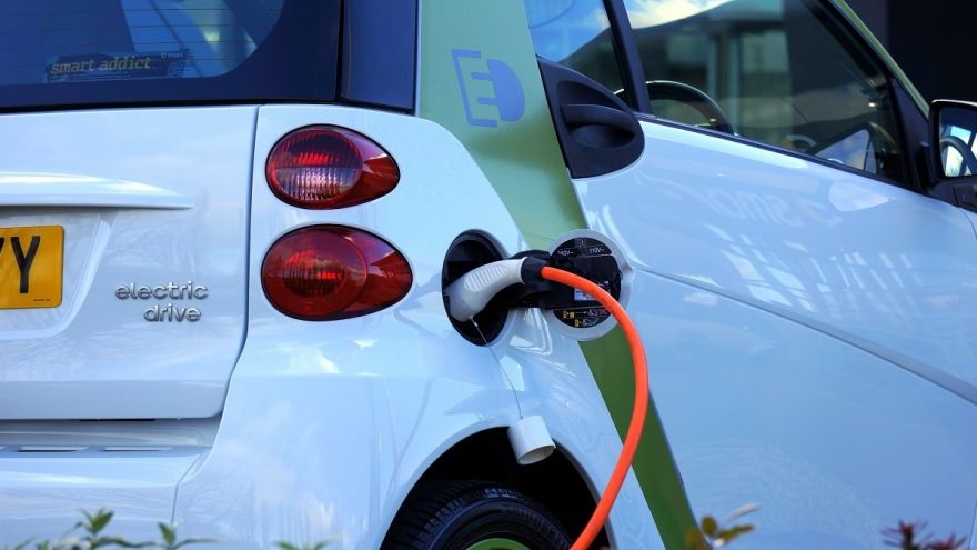 A full guide on everything you need to know about the electric vehicle tax credit.