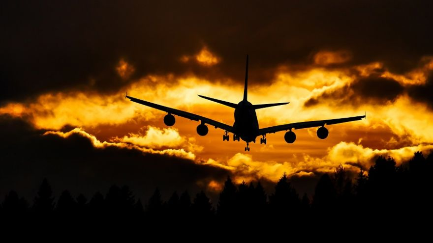 Ten money saving tips for finding and booking cheap flights