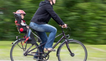 Carrying Your Kid on A Bike: Safety Tips