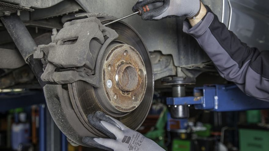 an in depth guide to how long brake pads last and how to extend the life of them