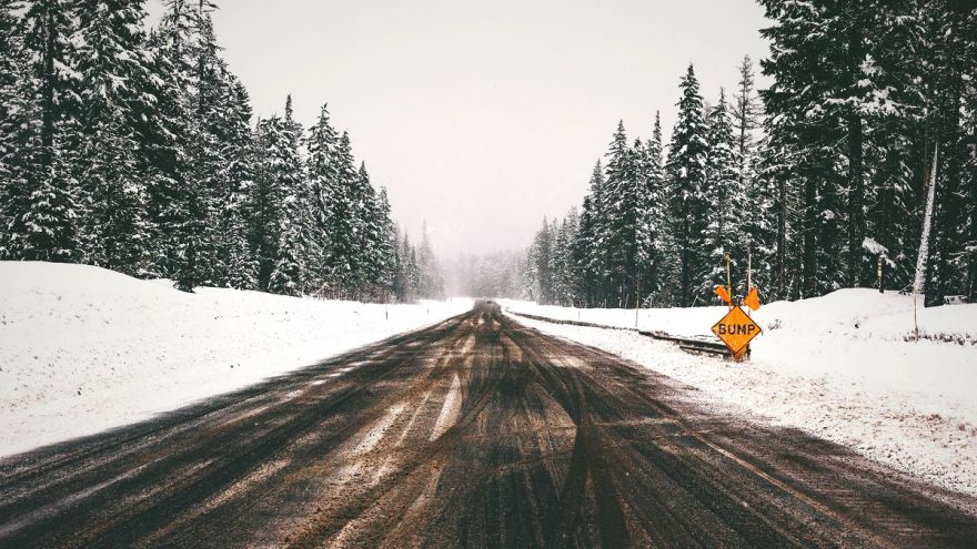 A safety guide full of winter driving tips to keep you safe this winter