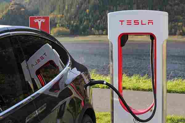 electric-car-tax-benefit