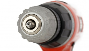 a beginner's guide for how to use an impact driver