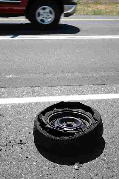 how-to-change-a-car-tire6
