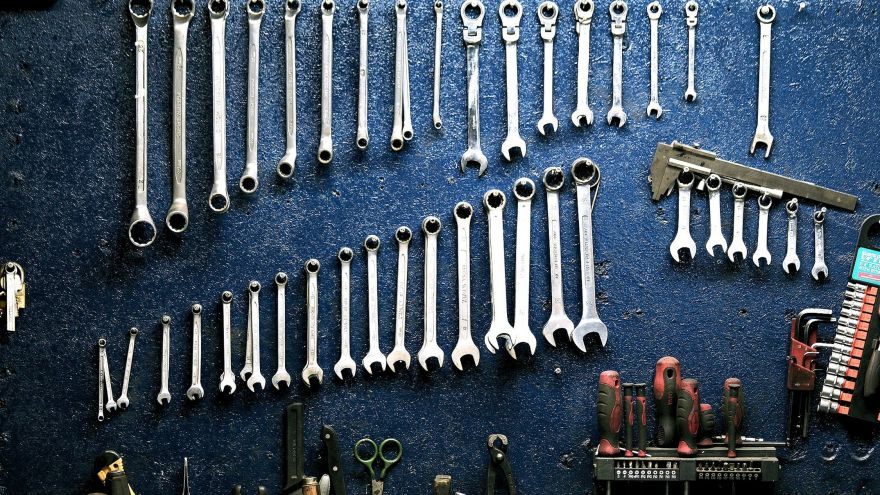 A thorough guide for how to remove rust from tools.