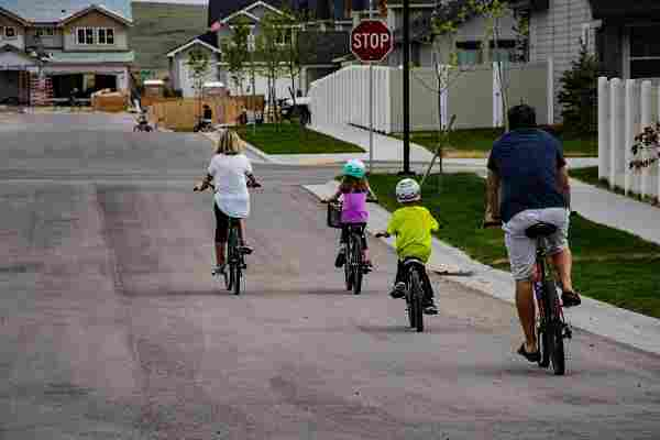 safe-biking-with-kids7